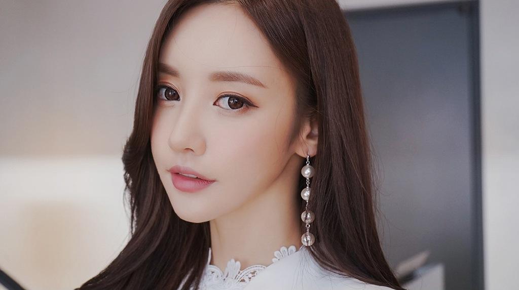 韩国高颜值美腿美女模特